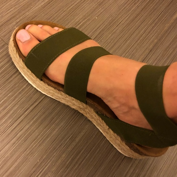 d2f4ed35d95 Steve Madden Brandi Platform Sandals